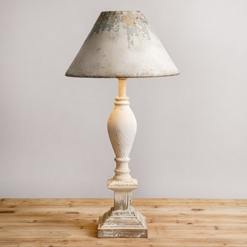 Farmhouse Table Lamp