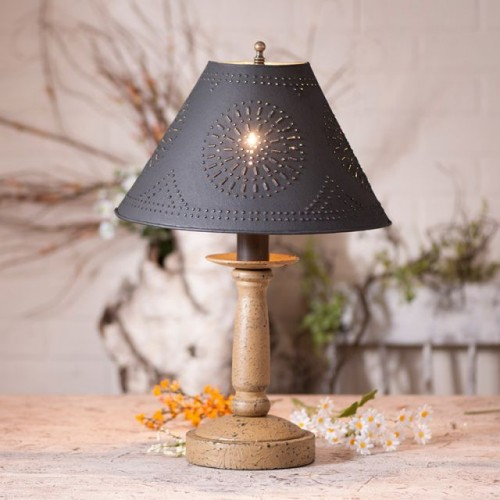 Butcher's Primitive Table Lamp in Americana Pearwood with Textured Black Tin Shade