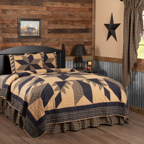 Dakota Star Quilt Set – California King Size