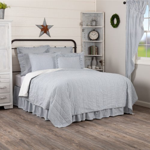 Sawyer Mill Blue Ticking Stripe King Quilt Coverlet 105Wx95L