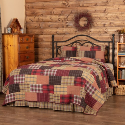 Wyatt King Rustic Quilt Set
